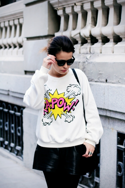 kapow-sweater-comic-trend-outfit-streetstyle