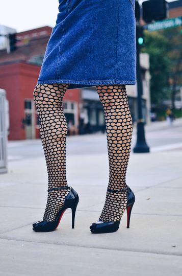 Fishnet tights street style look